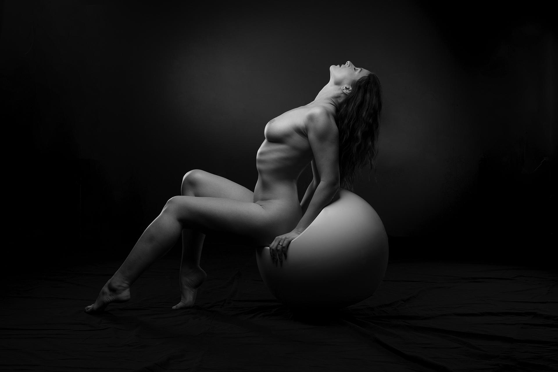 Hugo-Delvaux-nude-5